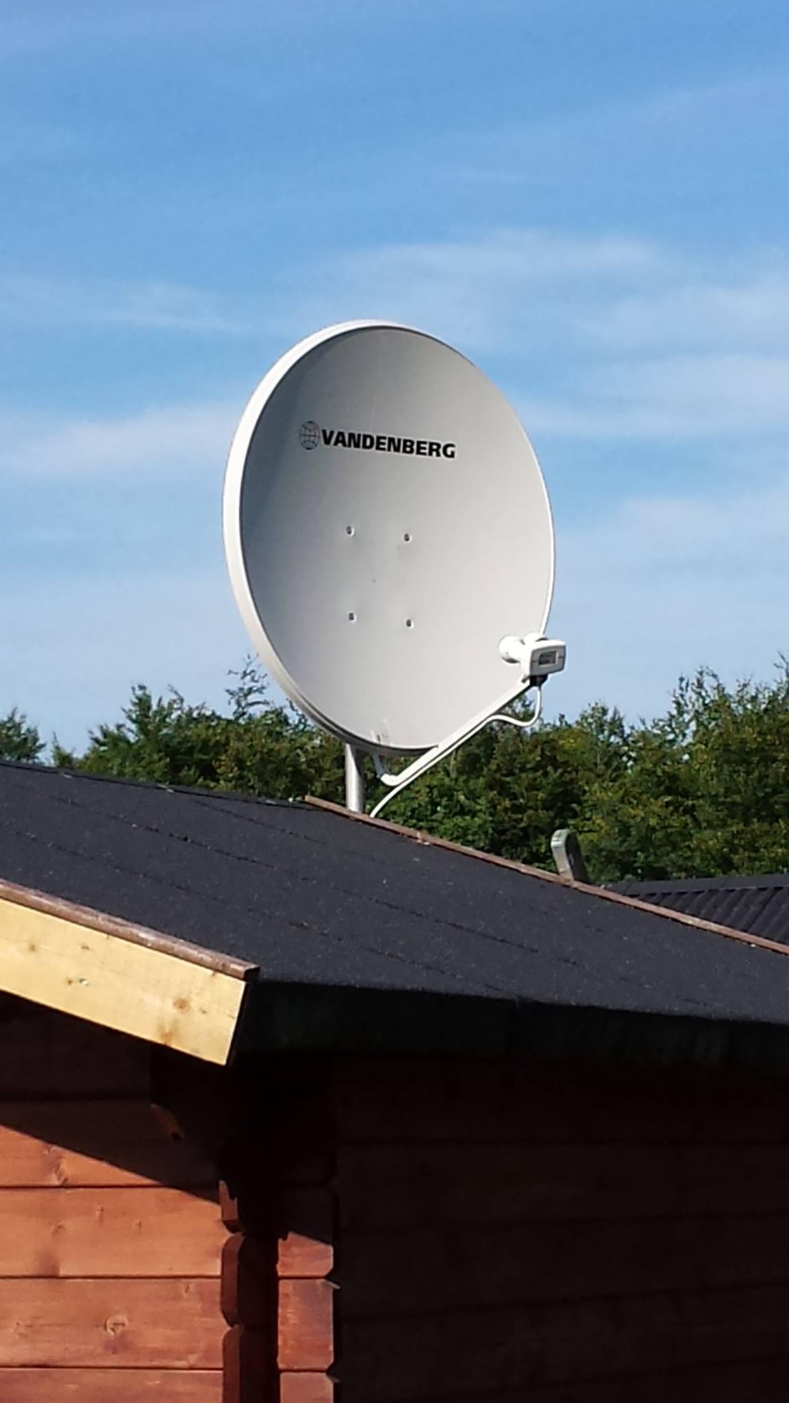 Justering af parabol antenne med monoblock